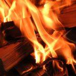 空き家を放火犯から守る2つの方法