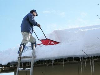 雪による空き家倒壊の危険