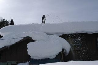 空き家の雪下ろし